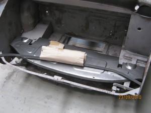 Rear skirt rail assy